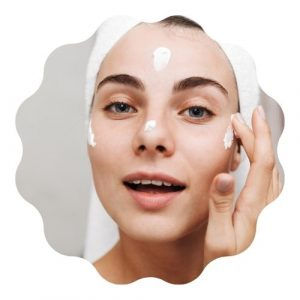 cómo aplicar bloqueador solar en el rostro